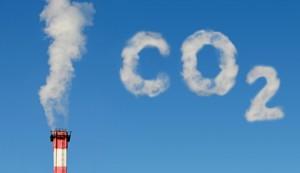 co2 Emission 300x173 Las tecnologías verdes, capaces de reducir un 15% las emisiones de CO2 para 2020